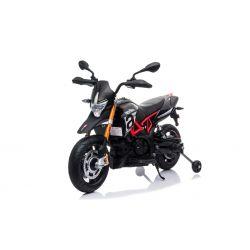 Motorek elektryczny APRILIA DORSODURO 900, licencjonowany, akumulator 12V, miękkie koła EVA, silniki 2 x 18W, zawieszenie, metalowa rama, metalowy widelec, koła pomocnicze, czarny